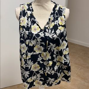 Mercer & Madison Tank Top Floral